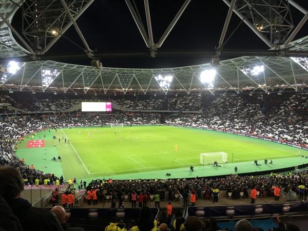ロンドンスタジアム v ウェスト・ハム チェンボ