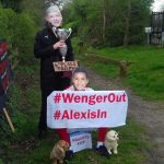 WENGER OUT プロテスト