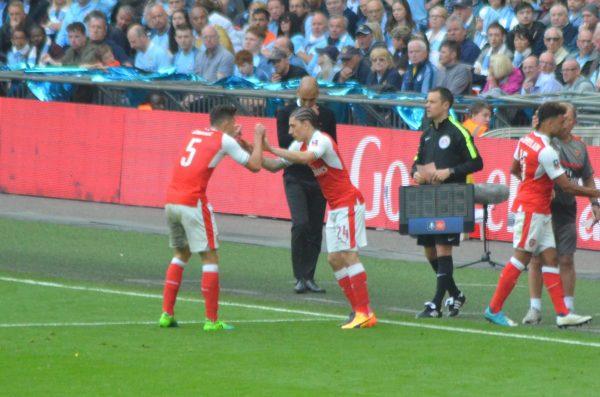 v Man City FAカップ 16-17 ウェンブリースタジアム Wembley Stadium ベジェリン ガブリエウ