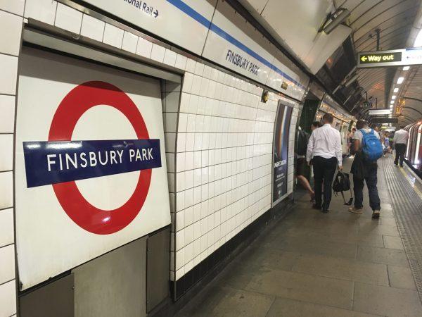 駅 ロンドン フィンズベリー・パーク Finsbury Park テロ 渋滞