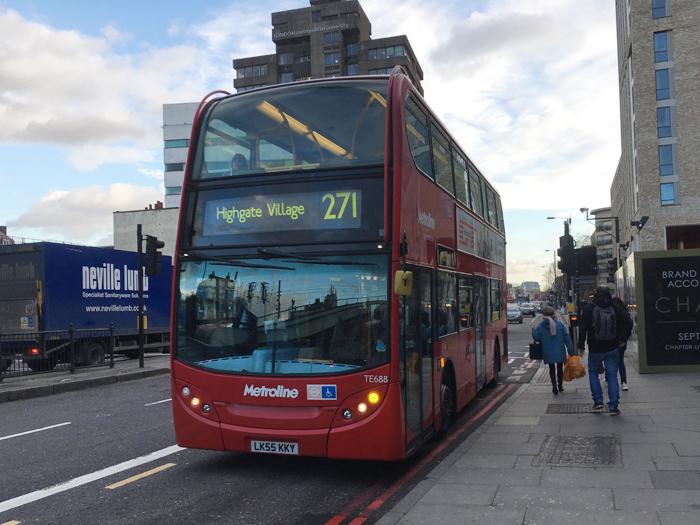 ロンドン バス 271