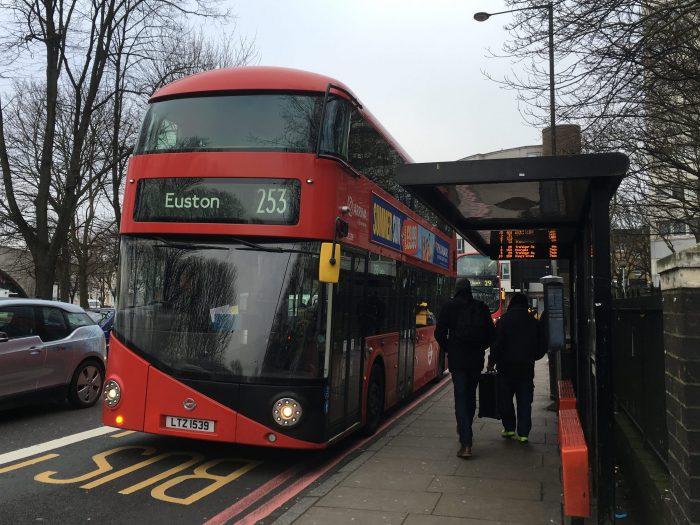 ロンドン バス 253
