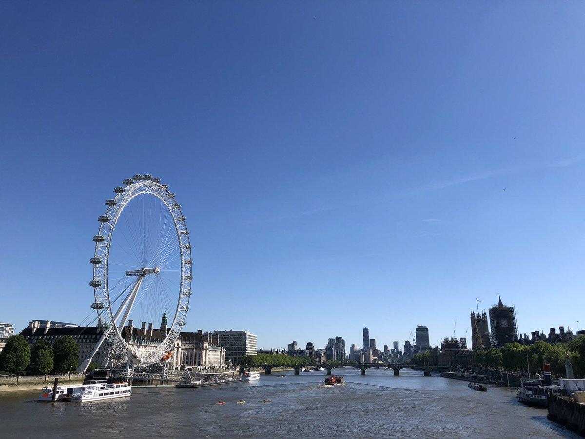 ロンドンアイ テムズ川